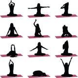 Yogaübungs-Schattenbildvektor Lizenzfreies Stockfoto