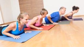 Yoga-Übung Lizenzfreie Stockfotografie