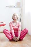 Yoga-Übungen Lizenzfreies Stockfoto