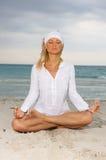 Yoga ai Caraibi Immagine Stock