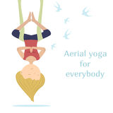 Yoga antigravedad Mosca como pájaro Fotografía de archivo