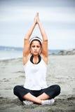 yoga asiatica della donna Fotografia Stock Libera da Diritti