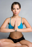 yoga asiatique de femme photographie stock libre de droits