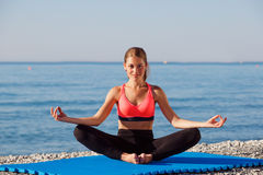 Free Yoga At The Sea Royalty Free Stock Images - 44189709