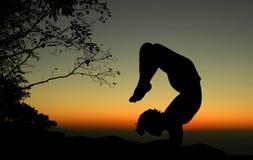 Yoga bij nacht Stock Fotografie