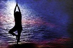 Yoga crepuscolare Fotografia Stock