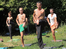 Yoga dal fiume Immagine Stock