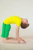 Yoga de Dhanurasana imagen de archivo libre de regalías