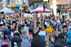 Yoga de groupe Image stock