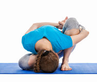 Yoga - de jonge mooie vrouw die yogaasana doen excerise geïsoleerd Royalty-vrije Stock Fotografie