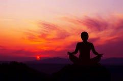 Yoga de la salida del sol Imagen de archivo