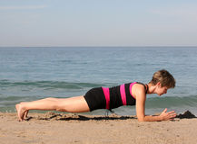 Yoga de plage Photographie stock libre de droits