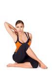 Yoga di pratica Asana della donna attraente adatta Immagini Stock