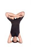 Yoga durch indischen Mann auf Weiß Stockbilder