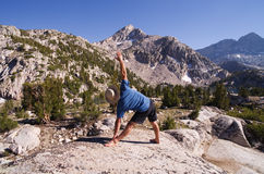 Yoga en naturaleza Fotos de archivo