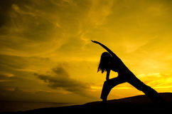 Yoga en nature photo stock