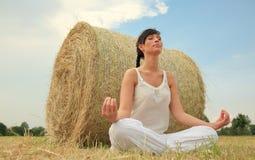 Yoga esterna Immagini Stock Libere da Diritti