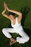 Yoga extérieur Images libres de droits