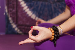 Yoga femminile Immagini Stock Libere da Diritti