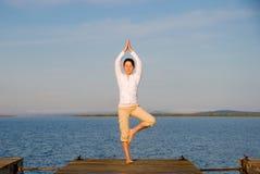 Yoga-Frau Lizenzfreies Stockfoto