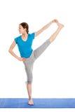 Yoga - giovane bella donna che fa il excerise di asana di yoga isolato Immagini Stock