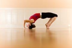 Yoga-Haltung Lizenzfreie Stockfotos