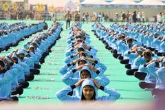 Yoga in het openen van ceremonie van 29ste Internationaal Vliegerfestival 2018 - India Stock Afbeeldingen