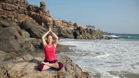 Yoga i Indien lager videofilmer