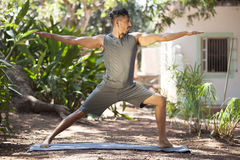 Yoga i natur Royaltyfria Bilder