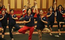 Yoga junto Imágenes de archivo libres de regalías