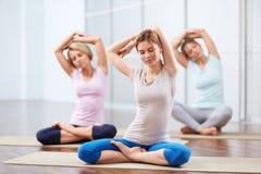 Yoga klassificerar Arkivbild
