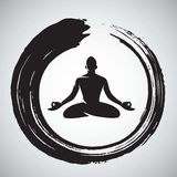 Yoga Logo Template met Zen Circle Brush Royalty-vrije Stock Foto's