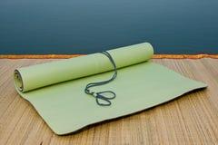 Yoga-Matte lizenzfreie stockfotografie