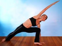 Yoga op Blauw Royalty-vrije Stock Afbeelding