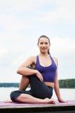 Yoga in openlucht Royalty-vrije Stock Afbeelding