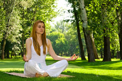 Yoga outdoor pose Royalty Free Stock Images