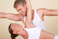 Yoga-Paare Stockbild