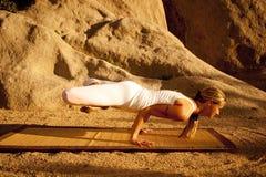 Yoga Padma Mayurasana Fotografia Stock
