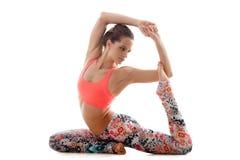 Yoga poserar ekapadaradjakapotasana Royaltyfria Bilder