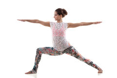 Yoga poserar virabhadrasana 2 Royaltyfria Bilder