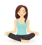 Yoga practicante de la mujer joven Fotos de archivo libres de regalías