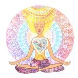 Yoga practicante de la mujer Mujer dibujada mano que se sienta en la actitud del loto de la yoga en fondo de la mandala Imagen de archivo