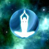 Yoga practicante de la silueta en fondo del espacio Fotos de archivo