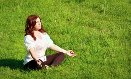 Yoga Practice In The Outdoors Royalty Free Stock Photos