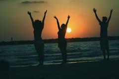 Yoga Tel Aviv Israele della spiaggia Immagini Stock