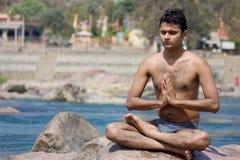 Yoga in water stock fotografie