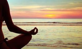 Yogaabstrakt begrepp, lotusblomma Royaltyfria Foton