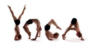 Yogaalfabet, idrottsman nen som bildar YOGAord över vit royaltyfri foto