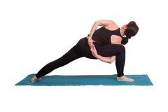 Yogahaltung und -übung Lizenzfreie Stockfotos