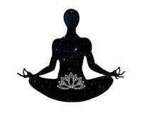Yogalage, die im Lotossymbol sitzt Stockfoto
